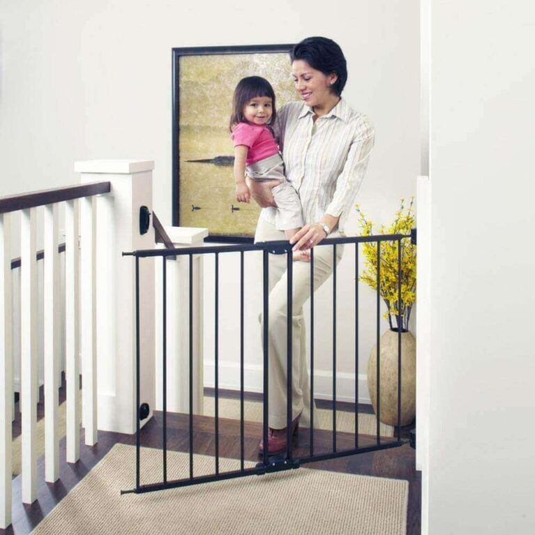 """Toddleroo-by-North-States-47.85""""-Wide-Easy-Swing-&-Lock-Baby-Gate"""